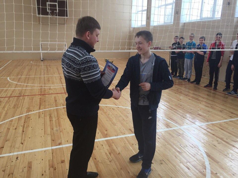 Муниципальный этап региональных соревнованиях среди команд общеобразовательных организаций по волейболу «Серебряный мяч» 2018 года