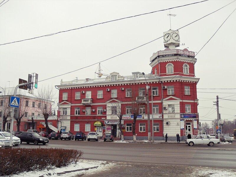 Барнаул, проспект Строителей № 22.