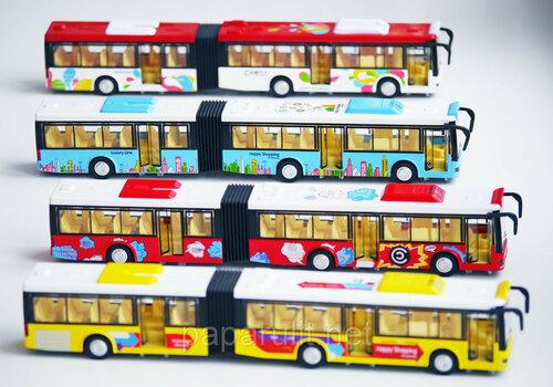 Большой автобус со звуком и светом