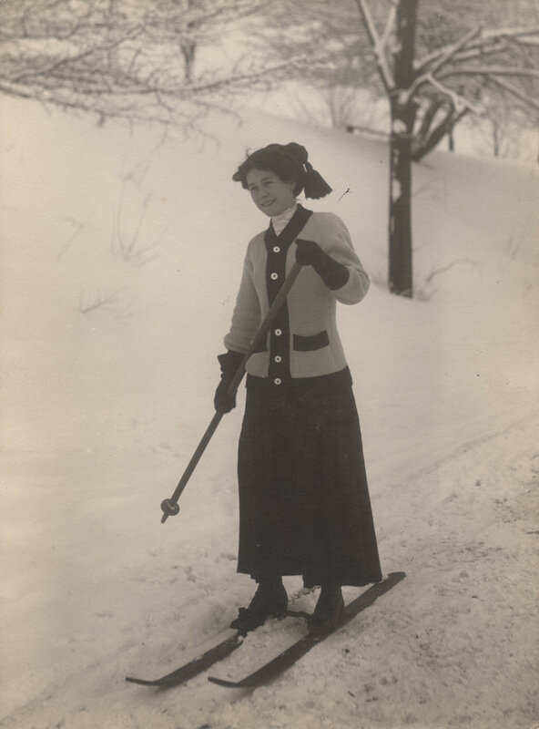Woman cross country skiing, 1910