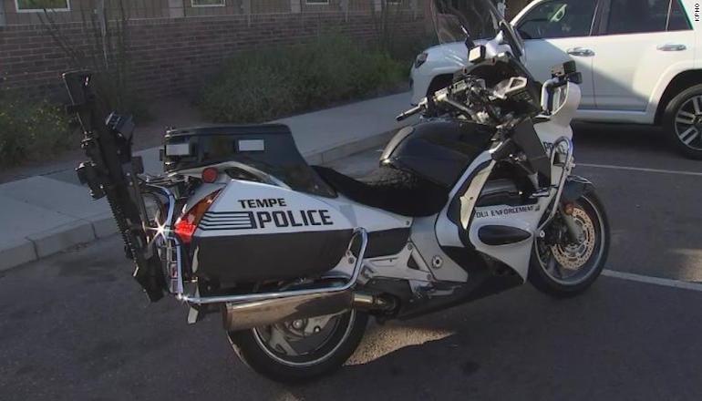 Аризонская полиция оборудует патрульные мотоциклы винтовками AR-15