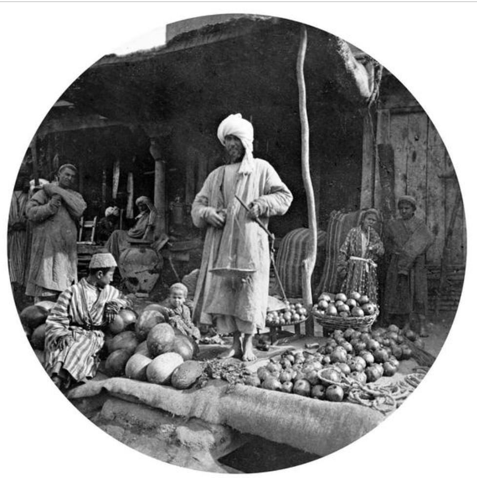 Регистан, продавцы арбузов и гранат