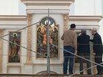 Установка икон Петра и Павла