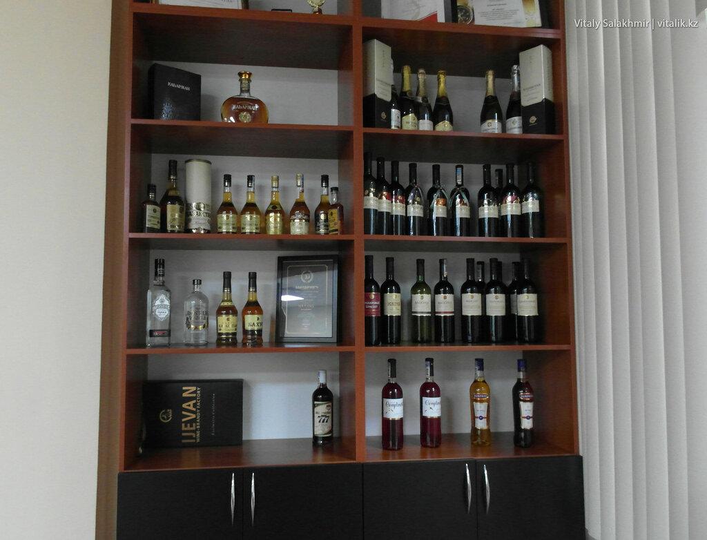 Шкаф с алкоголем Бахус, завод, улица Гоголя