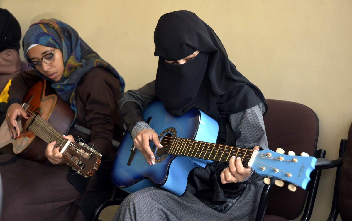 Эх раз, еще раз: Афро-арабские гитарные страдания