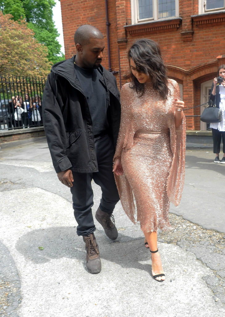 Kim Kardashian and Kanye West 210516 01