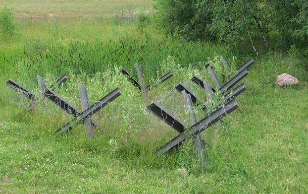 Противотанковые ежи: На Херсонщине решили установить защиту на адмінкордоні с Крымом