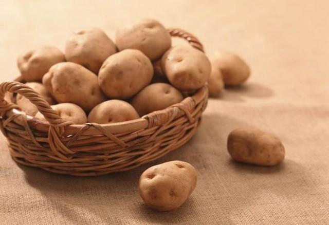 Некоторые продукты нанашем столе раньше считались ядовитыми