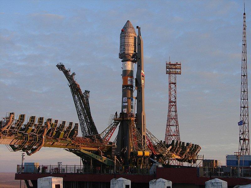 Космонавты сборта МКС поздравили землян сДнем космонавтики