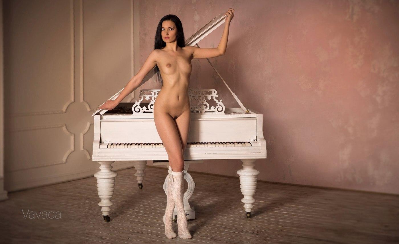 erotika-pianistka
