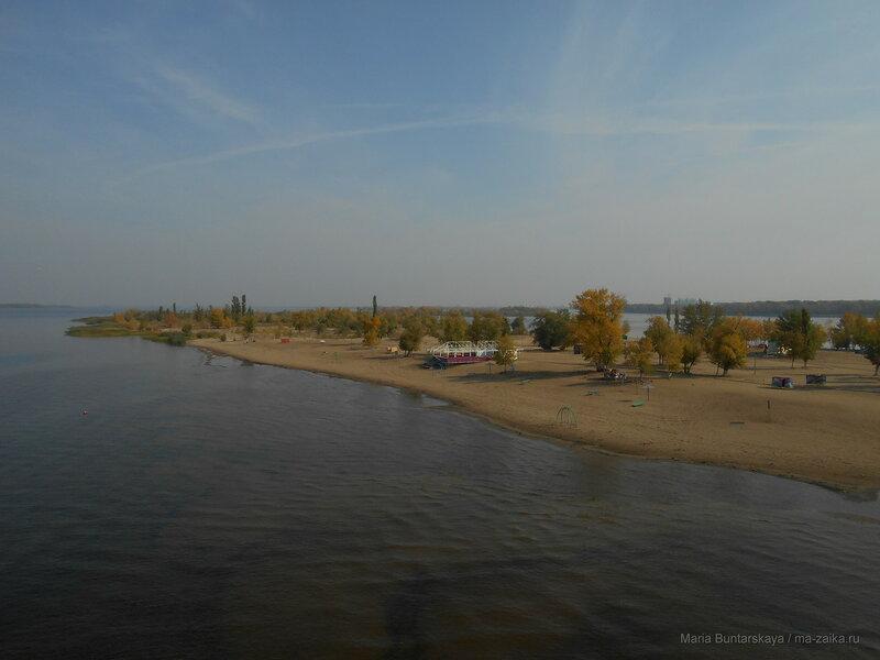 На пляж, Саратов, 02 октября 2016 года