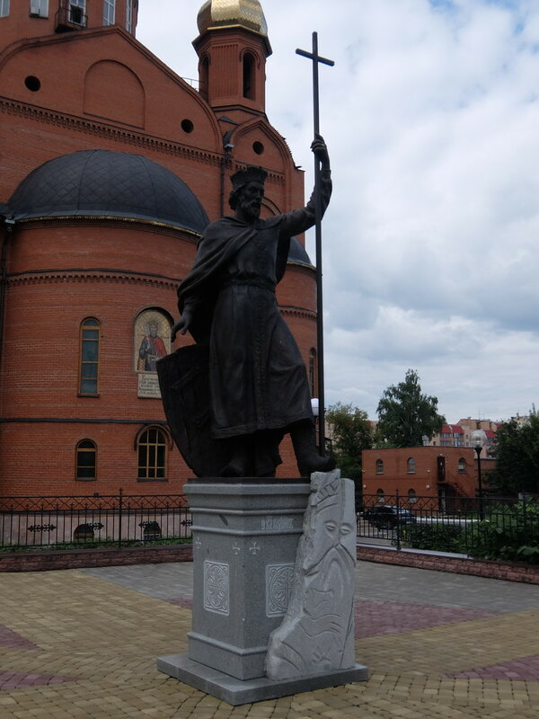 Кемерово - Памятник князю Владимиру