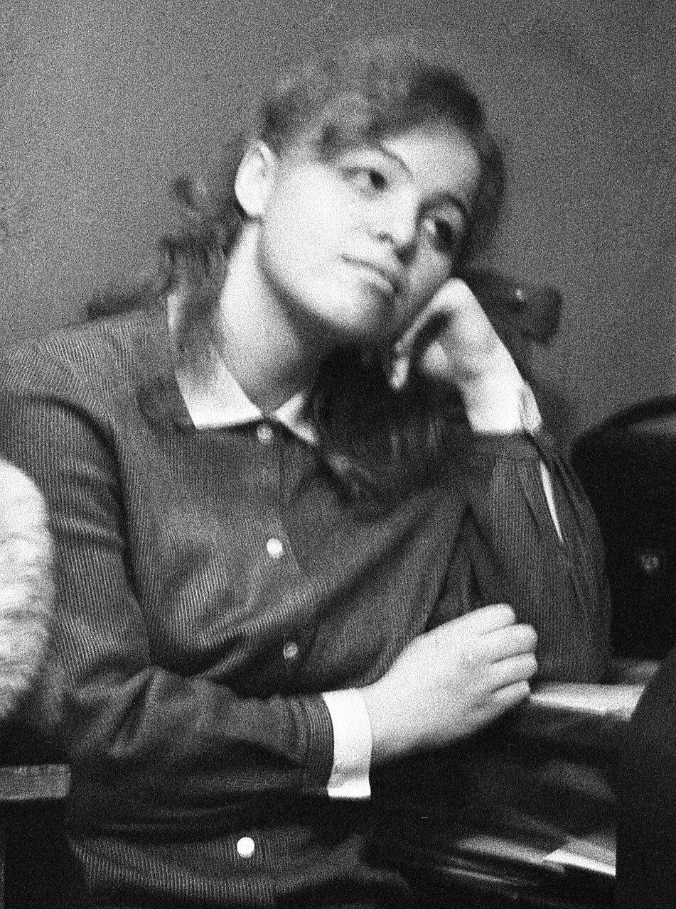 12. Наташа Оборотова