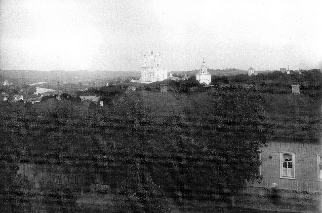 Вид города с крепостной стены. 1912