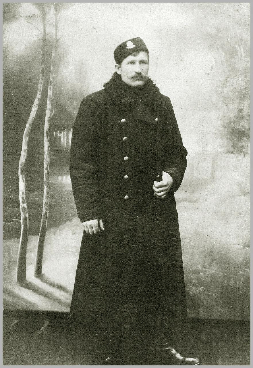 Старший кондуктор станции Славянск Строненко Кузьма Фатеевич (1874-1950)