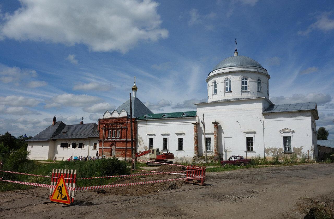 Клобуков женский монастырь