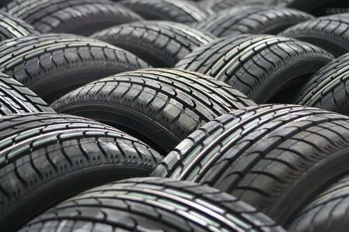 Госдума РФ поддержала идею штрафовать за летние шины зимой