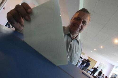 После досрочных выборов в парламент РМ проходят четыре партии