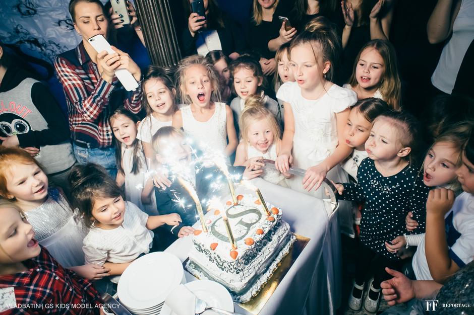 """27 ноября в 14:00 в ресторане """"Гимназия"""" состоится день Рождения детского модельного агенства GS Kids Model Birthday Party"""