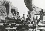 023-life-in-Angkor-Wat.jpg