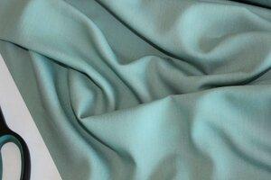 В206 550руб-м Плательно-блузочный вискозный крепдешин стрейч, цвет мятный . Ткань мягкая,приятная на ощупь,легкая,пластичная,чуть прозрачная,для пошива блуз,топов,платьев,юбок,комбинезонов,для пошива нижних платьев и использования под прозрачные ткани.
