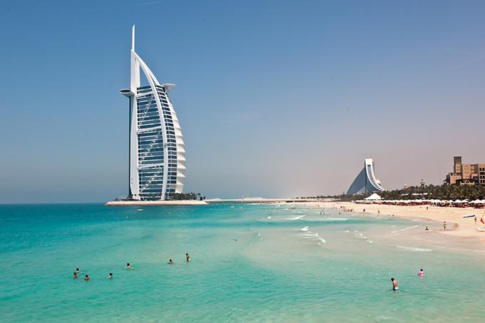 Сафари в пустыне — одно из самых популярных развлечений в Дубае. Местные турфирмы предлагают т