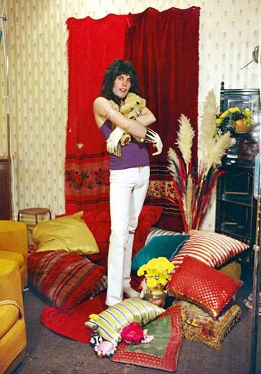 Фотосессия для группы Queen в квартире Фредди в Холланд-парке.