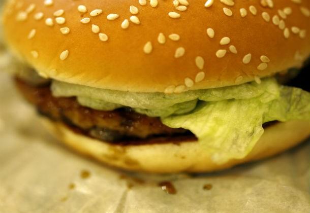 Университет гамбургера был основан в 1961 году Рэем Кроком, который хотел «научить всех желающих