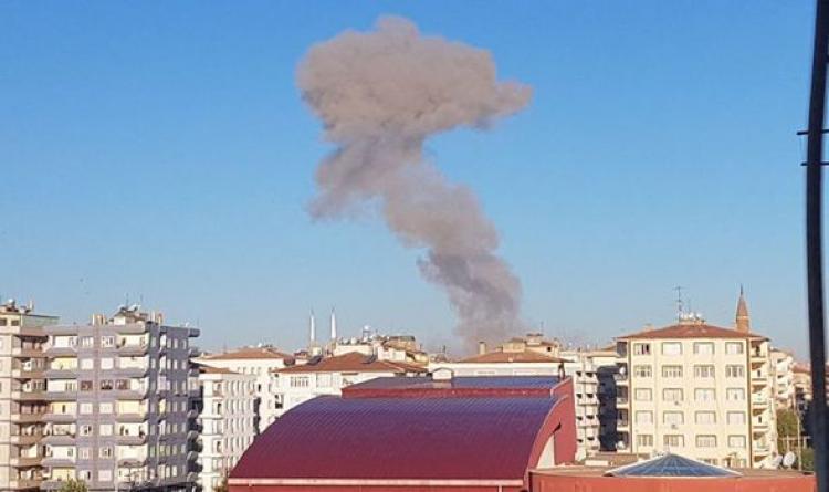 Мощнейший взрыв вДиярбыкыре забрал жизни 8-ми человек, неменее ста ранены