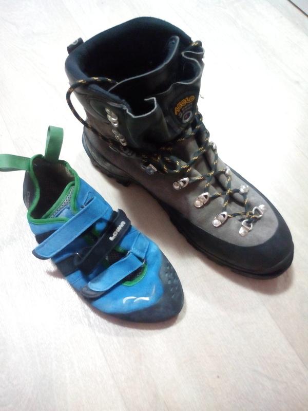 Ботинки альпиниста и скалолаза