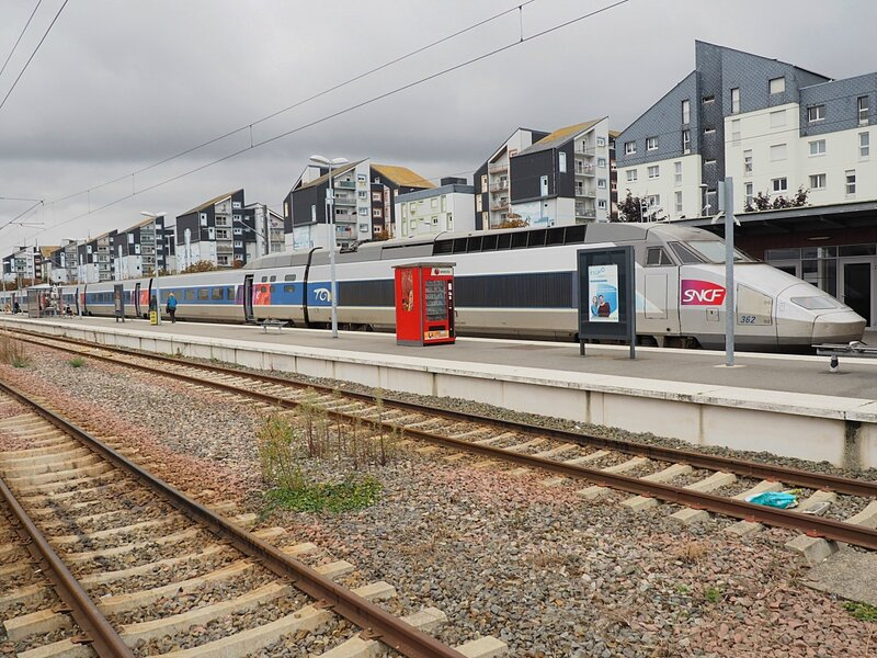 Поезд TGV во Франции (TGV train in France)