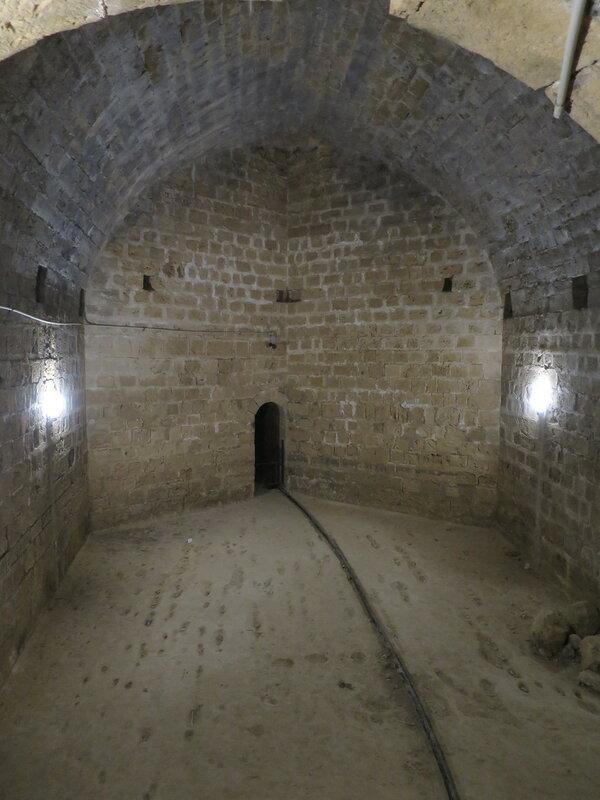 Комната с цилиндрическим сводом в комплексе юго-западного бастиона