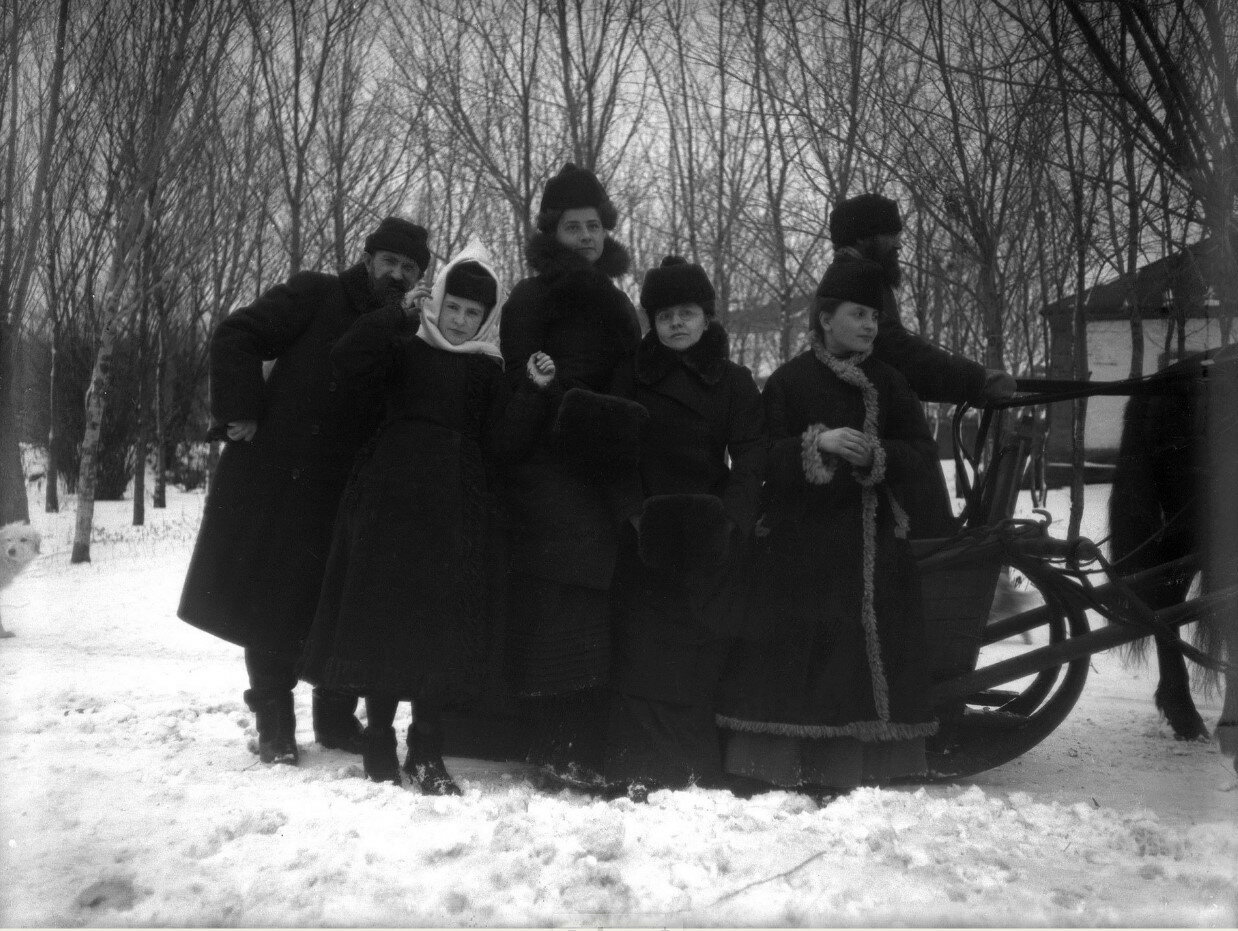 1890-е. Родные и близкие Востряковой