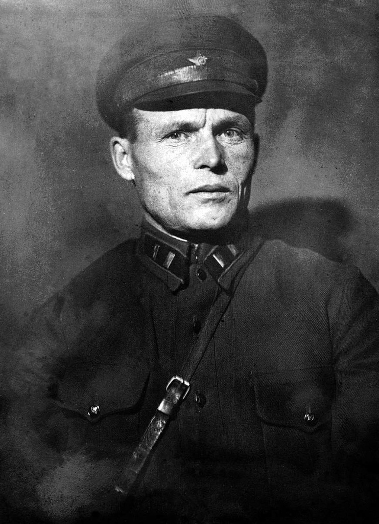 Помощник начальника И.Т.К. по политвоспитательной части А. Вахрушев