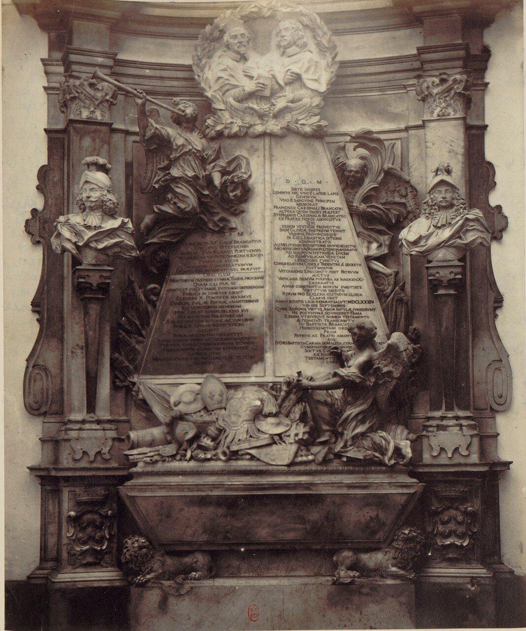 39. Церковь святого ангела у Нила. Памятник кардиналу  Райнальдо Бранкаччо