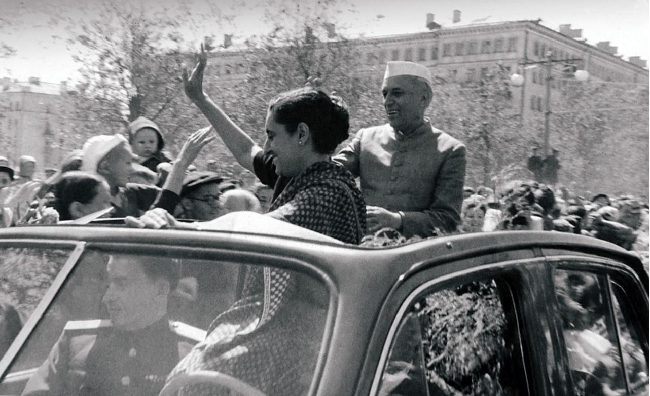 Магнитогорск. Индийская делегация на ММК. Джавахарлал Неру и Индира Ганди (1955)