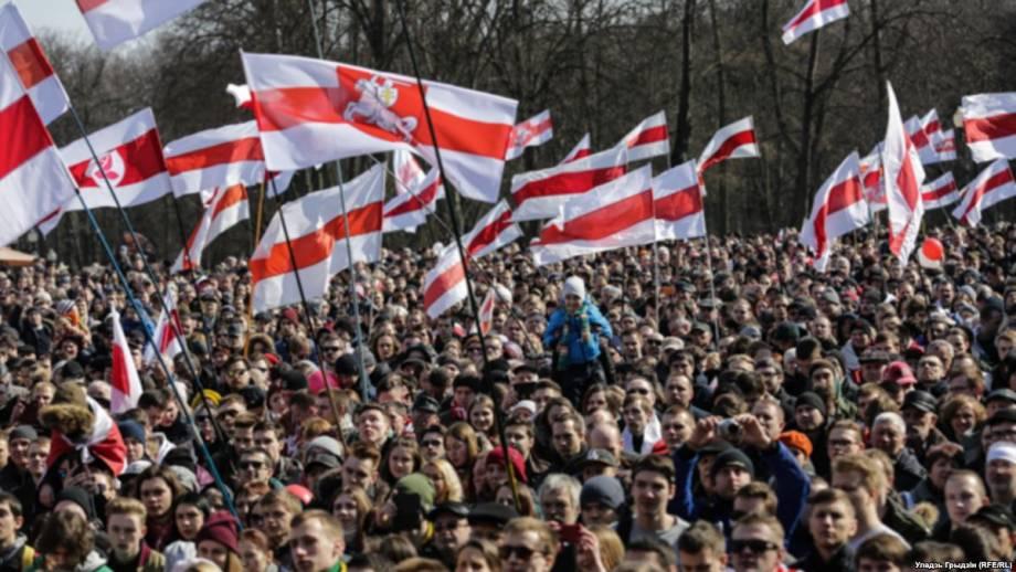 Народное, а не государственный праздник: как прошло 100-летие БНР