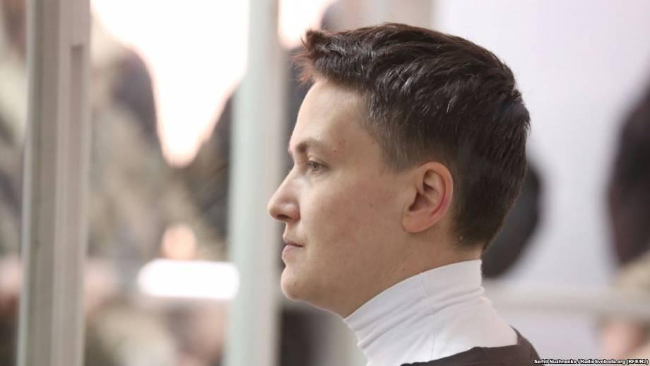 Адвокат: Савченко продолжает голодовку, немного похудела