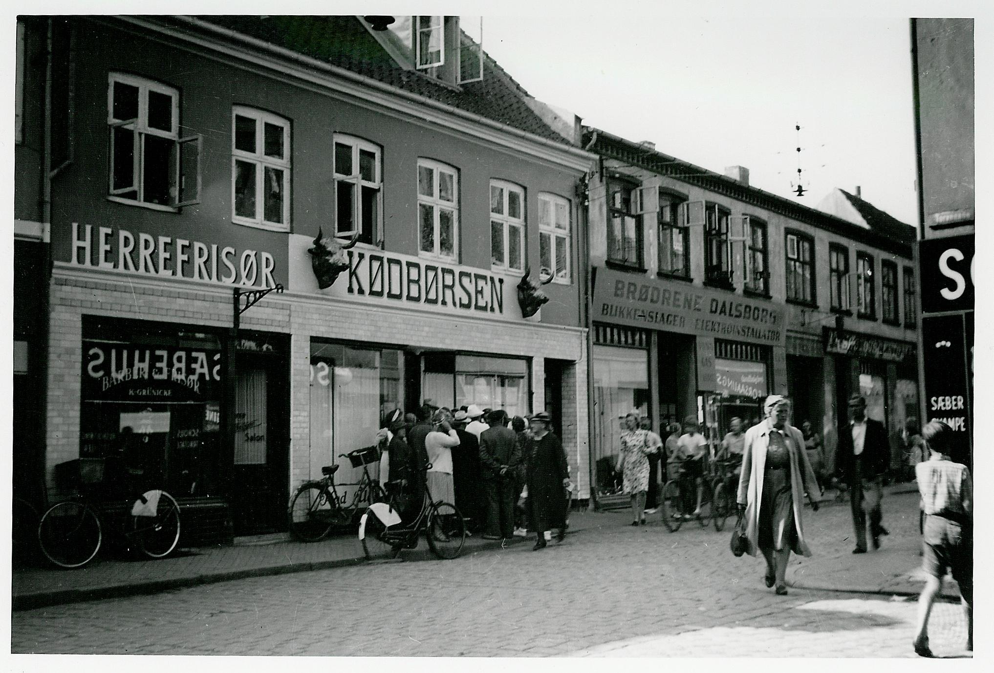 1943. Очередь к мяснику в Эльсиноре