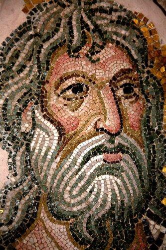 Лики Святых. Мозаики монастыря Дафни, Греция. Конец XI века.