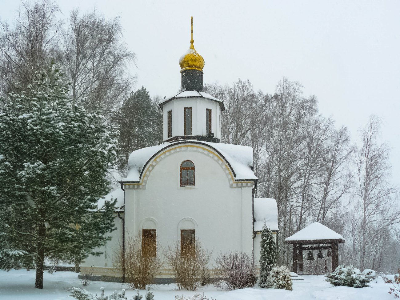 irina-fortuna-uspenskoye-estate-church 03.jpg