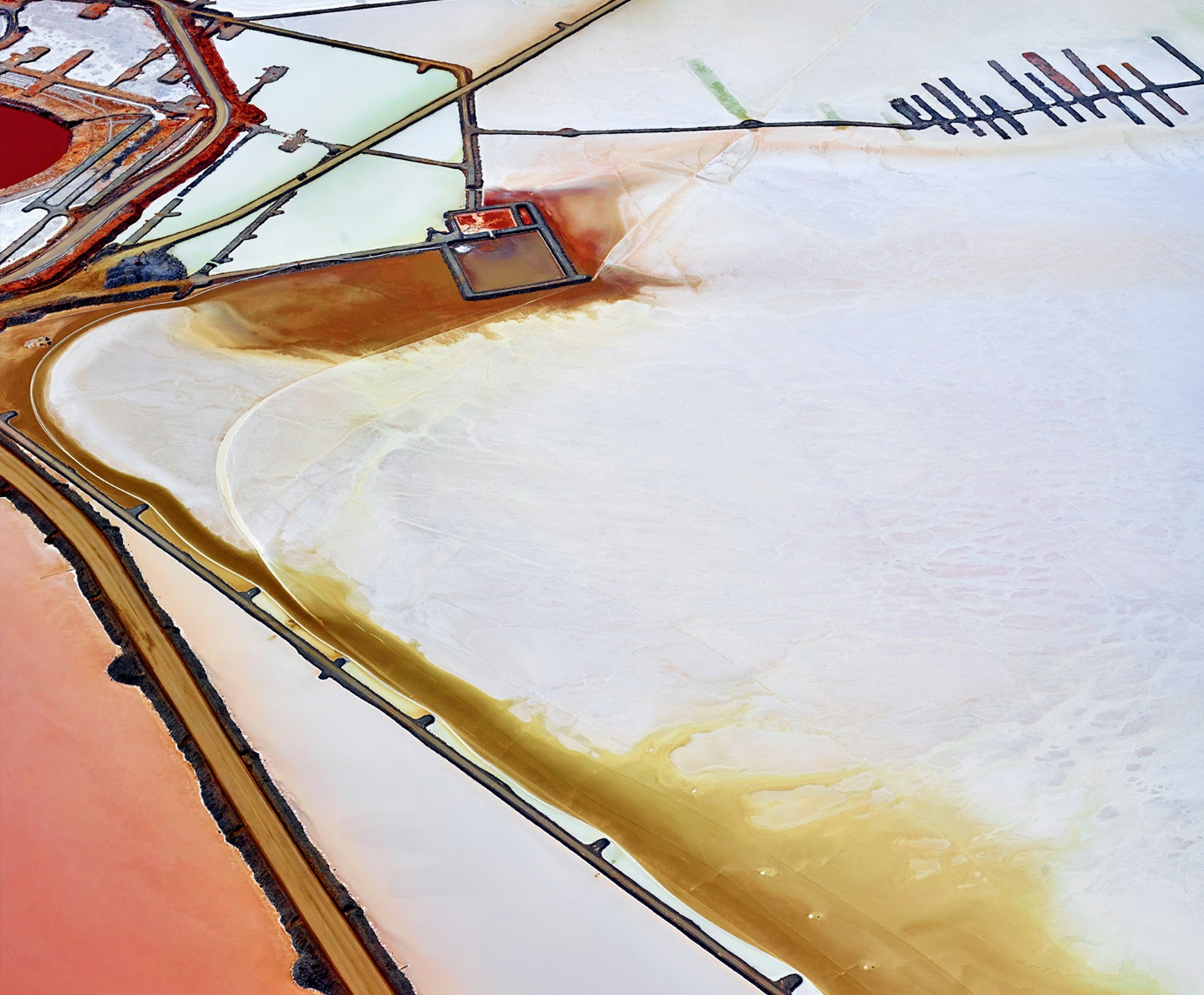 залив вода соль соляные пруды