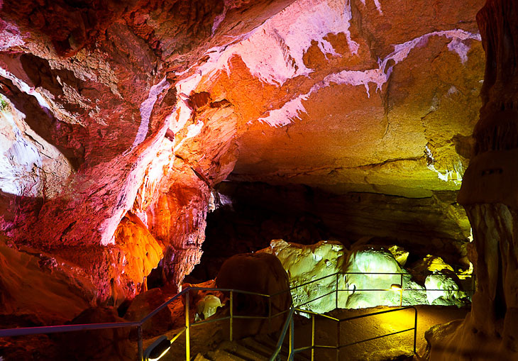 Мраморная пещера в Крыму (29 фото)