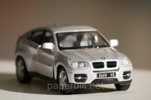 Машинка Kinsmart BMW X6