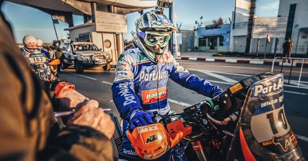 Ралли Africa Eco Race 2018. Этап 1. Паоло Чечи - первый. Агошков - третий.