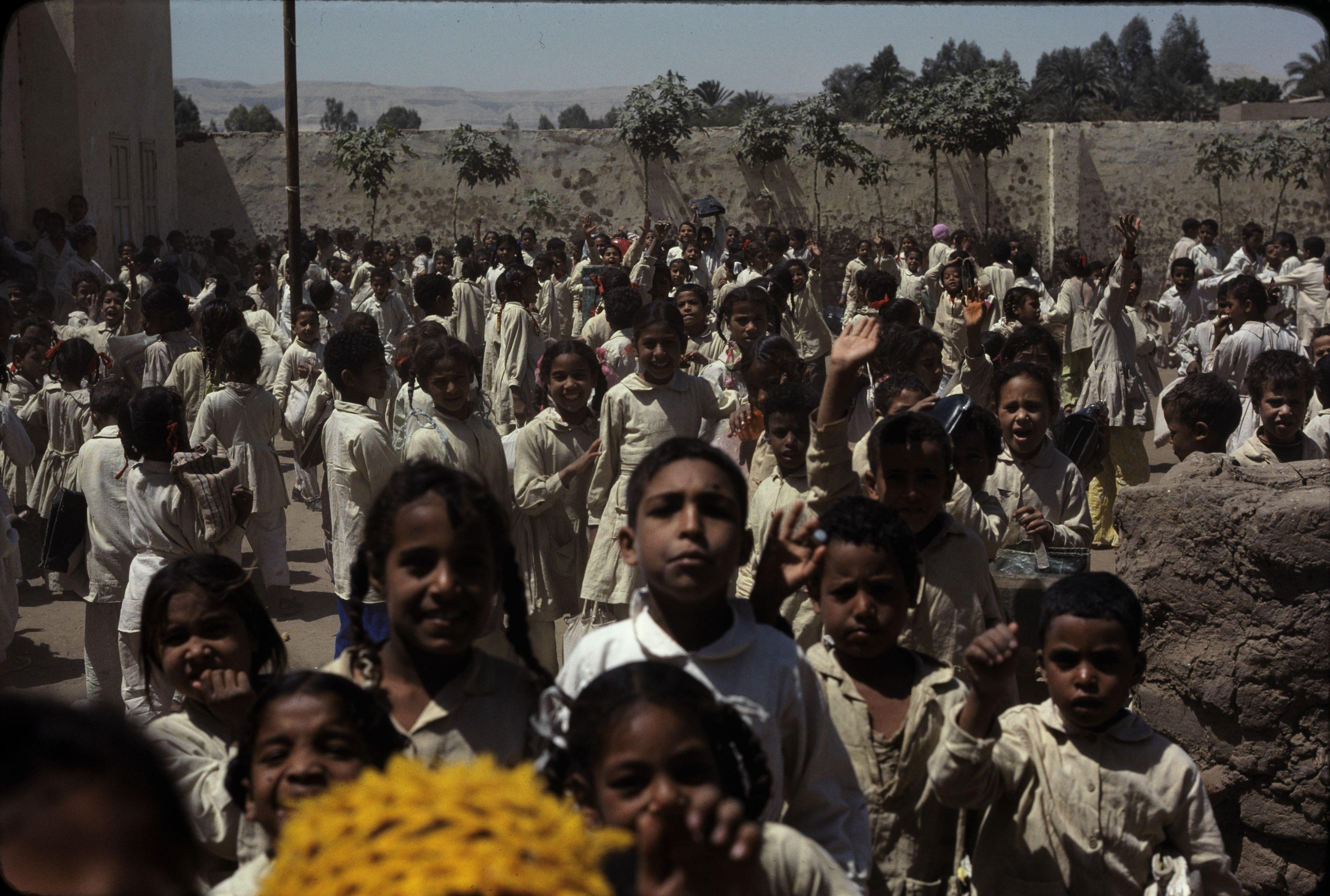 Школа в Карнаке