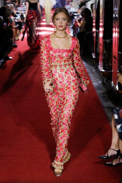 Eleonore+Von+Habsburg+Dolce+Gabbana+Secret+WH5c055EM55l.jpg