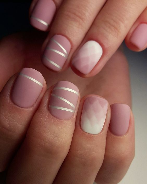 весенний маникюр дизайн ногтей короткие ногти маникюр стильный маникюр