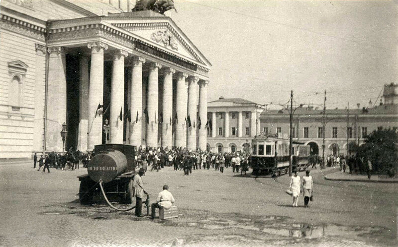 745637 Площадь Свердлова Кон. 1920-х.jpg