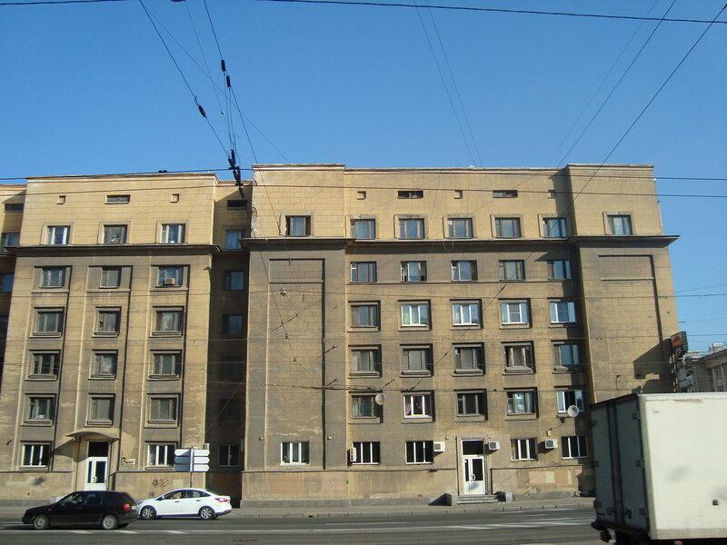 Санкт-Петербург. Заневский проспект, д.6